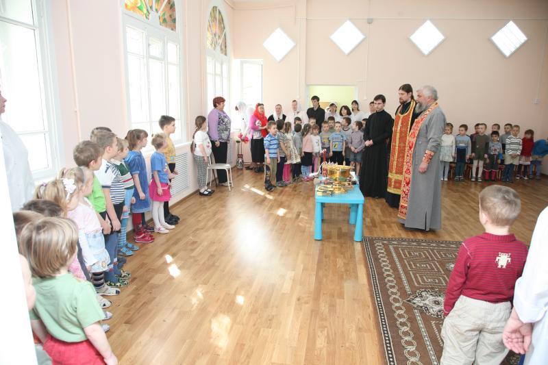 о. Иоанн Монаршек и о. Алексий Барашков посетили детский неврологический санаторий