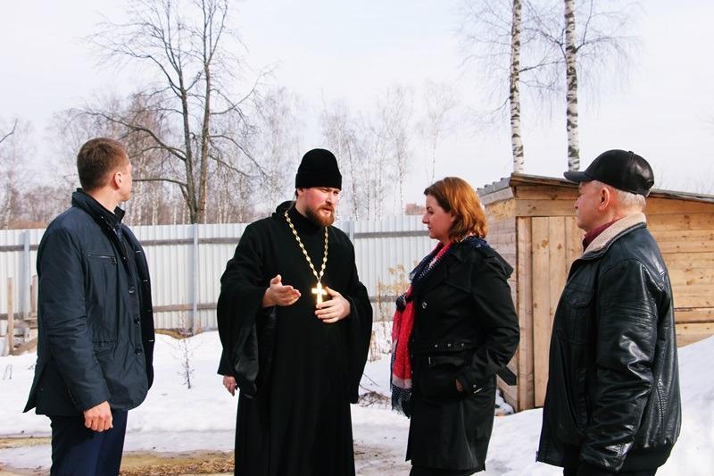 Встреча настоятеля георгиевского храма с главой Ивантеевки