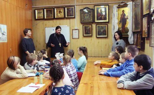 Воскресная школа занятия