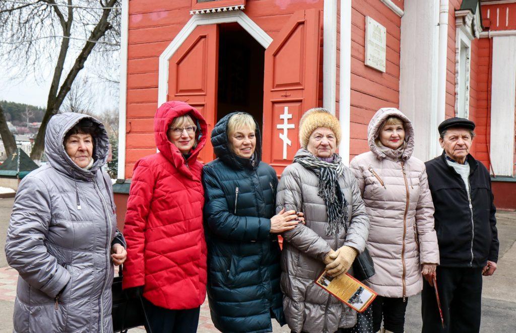 Тургруппа из Дзержинского посетила Ивантеевку. Гости побывали в храме Георгия Победоносца