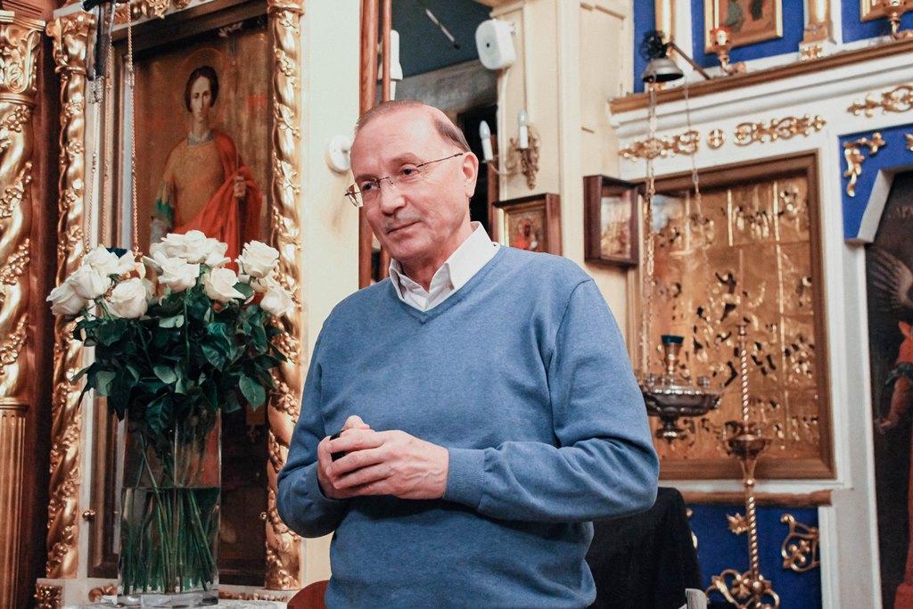 В Георгиевском храме прошла встреча с православным писателем Виктором Николаевым