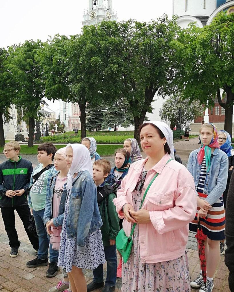 Поездка детей воскресной школы в Свято-Троицкую Сергиеву Лавру и Гефсиманский Черниговский скит.