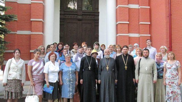выпускники богословских курсов