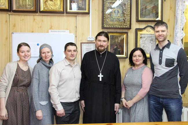 Георгиевский храм объявляет о наборе детей и взрослых на учебные программы.